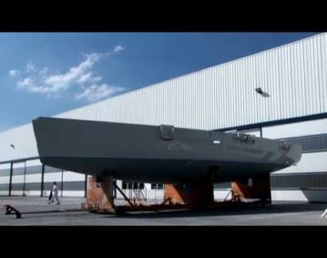 Construction_of_Amazing_Yacht